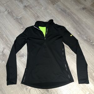 Black Nike long sleeve quarterzip